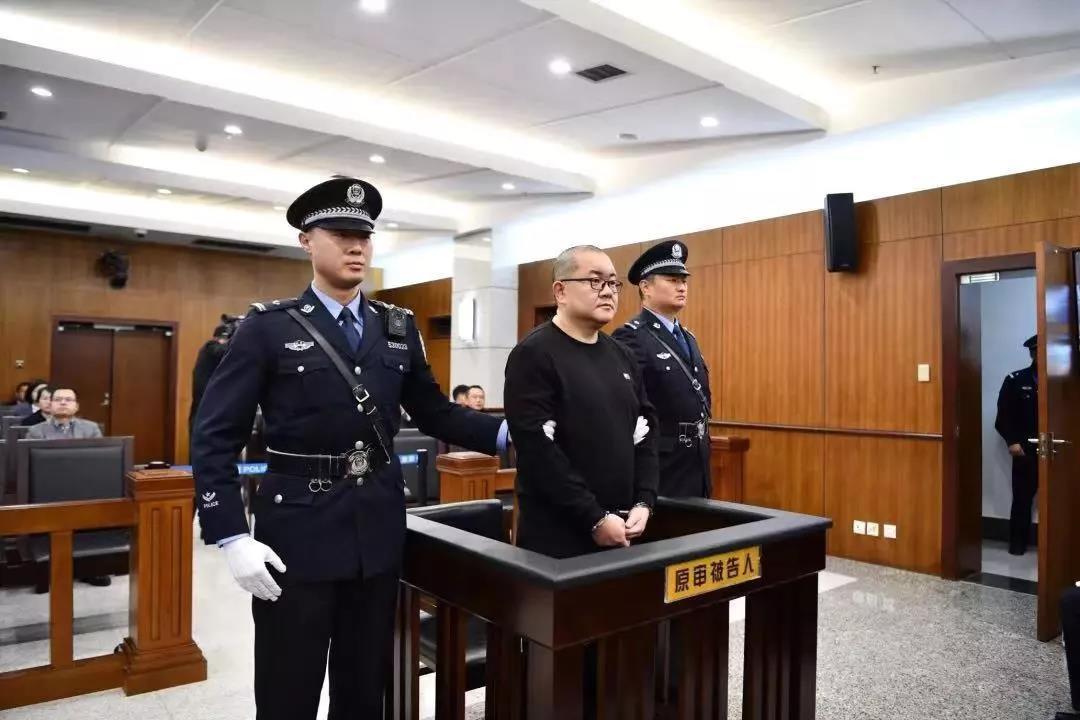 seo中图片优化吗_人民法院报评年度十大刑案 孙小果案张扣扣案入选