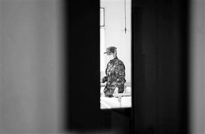 黑帽seo小颜_援兵赶到 武汉金银潭医院医护人员:终于等到你
