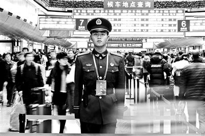 竞价的排名托管企业_00后武警战士执勤不能回家过年 他的回覆让人泪目