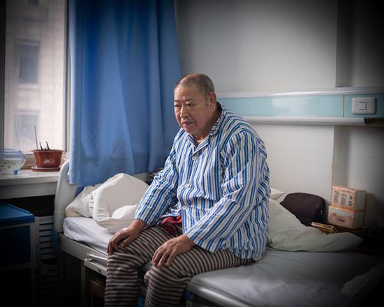 泉州seo优化_日本遗留化学武器在他们身上留印记:他的手像蹼掌