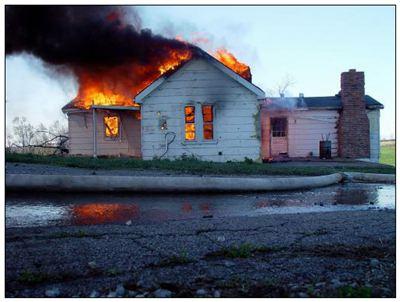 着火的拼音_着火的读音_着火的英文 - 词语着火