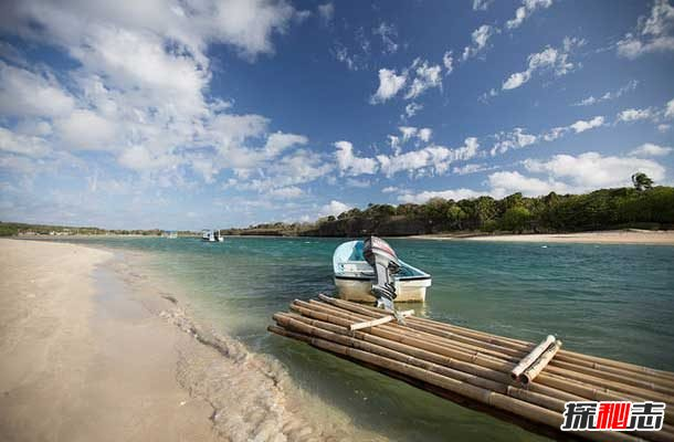 世界上十大最漂亮的海滩:粉红色海滩,你见过吗?